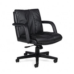 Global 3967BK450550 Series Leather Low-Back Swivel/Tilt Chair W/Arms, Black